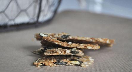 gâteau appéritif sans gluten sans lactose sarrasin lupin riz quinoa flocon d'avoine graine de courge lin sésame tournesol épices