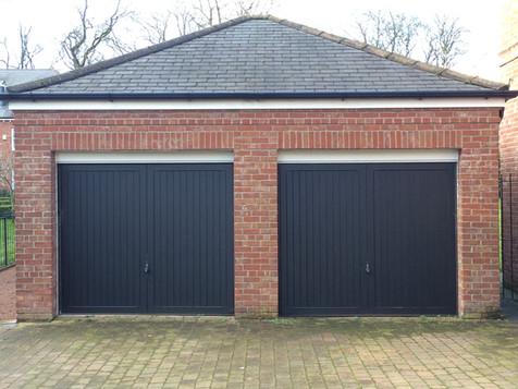 IMG_2450 garages.JPG