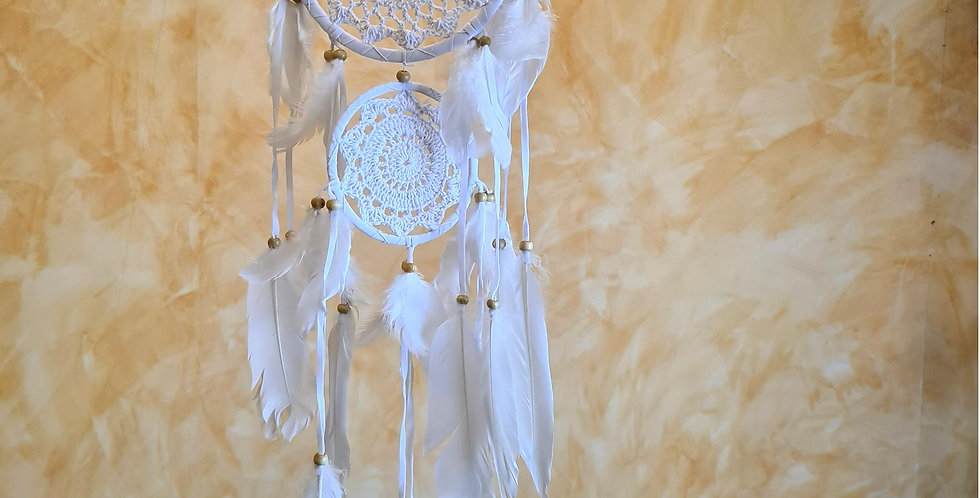 Native Americans dreamworld handcrafted in white.