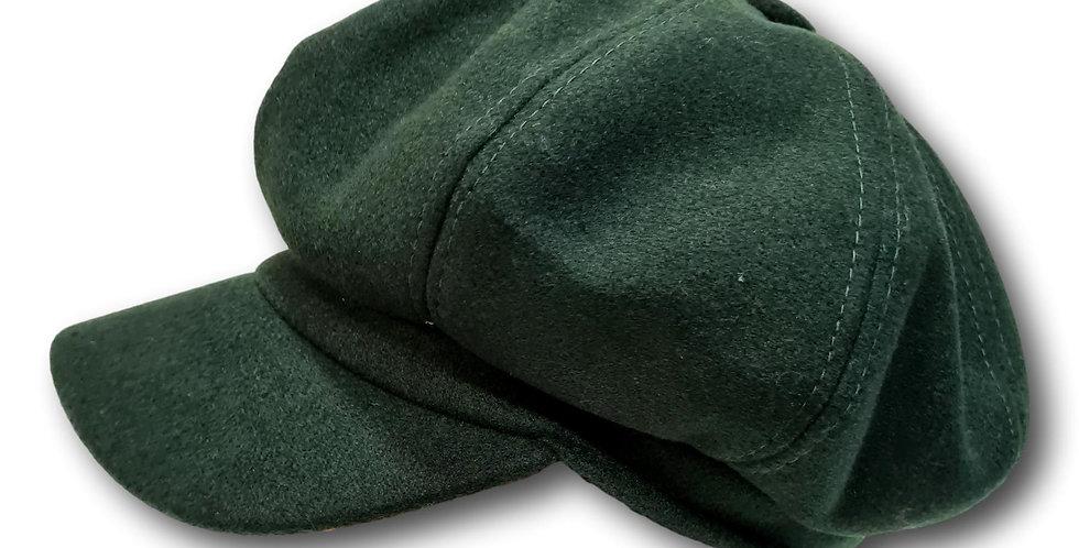 Woollen cap in dark green