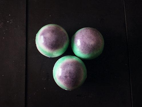 Summer Blackberries bath bomb - 120g