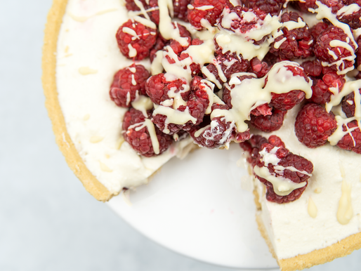 NO BAKE White Chocolate Cheesecake - Vegan | GF |
