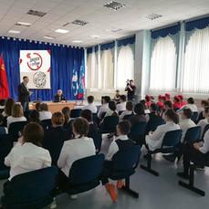 С Евгением Тарелкиным встретились учащиеся Куликовской школы