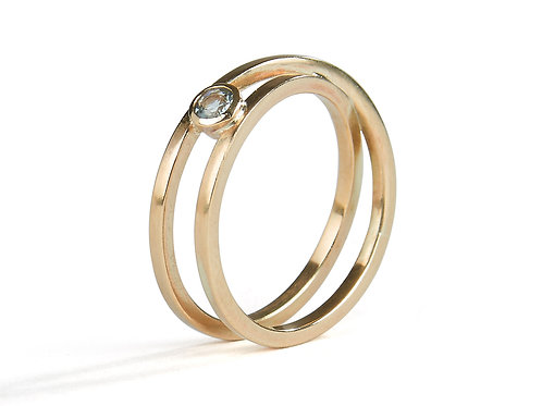 Gold Twist Ring - Aquamarine
