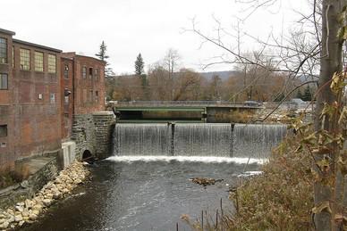 Dalton Mass. dam.jpg