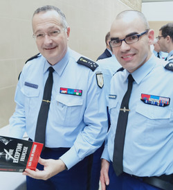 Avec le général d'armée Christophe RODRIGUEZ, directeur général de la gendarmerie.