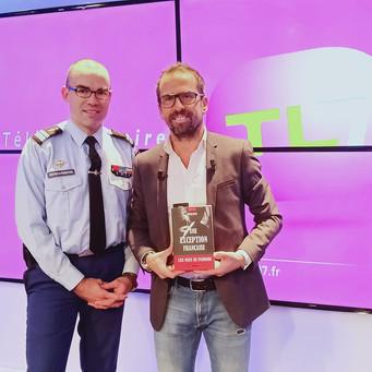 Plateau télé chez TL7 avec Sylvain Ogier.