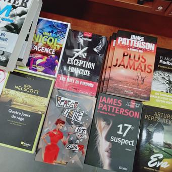 Première présence chez un libraire. Merci à Raphael de la librairie Forum à Saint-Etienne.