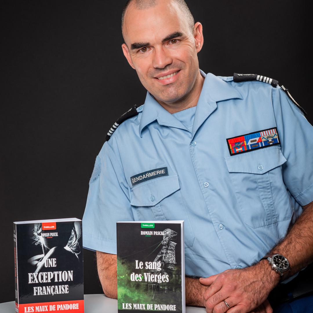 Un gendarme écrivain.