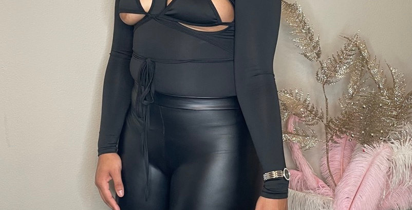 Show out body suit