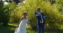 Le cornhole pratiqué par le marié