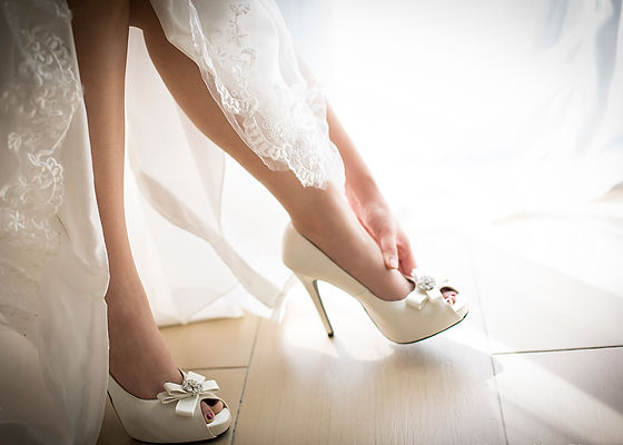 gelinlik-ayakkabisi-secerken.jpg