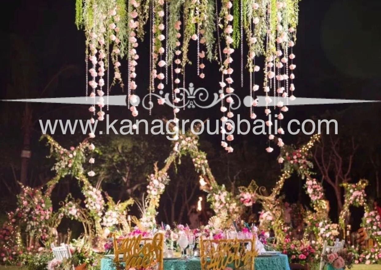bridal party flower design.jpg