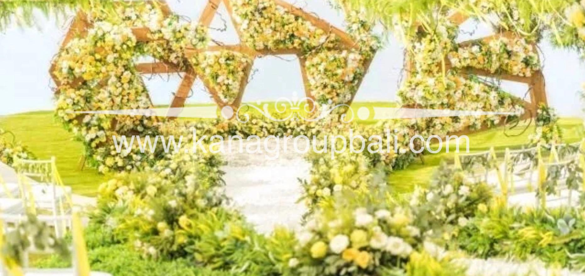 yellow white wedding.jpg