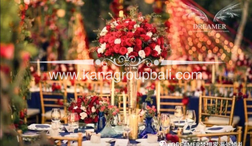 florist decorator bali.jpg