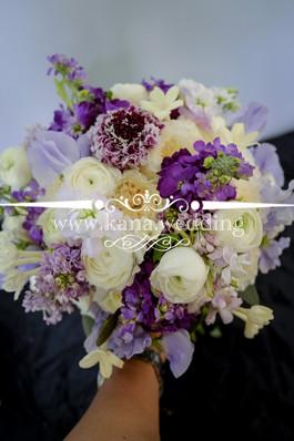 Bride hand bouquet