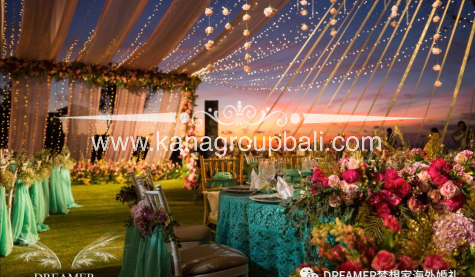 lace table cloth dinner party.jpg