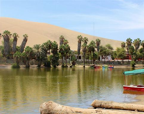 laguna huacachina ica peru
