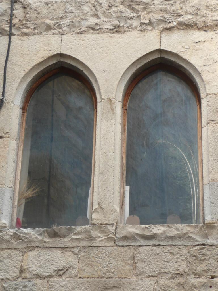 Fenêtres à Sauve