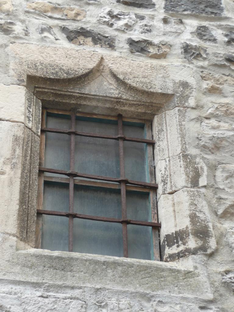 Fenêtre à Sauve