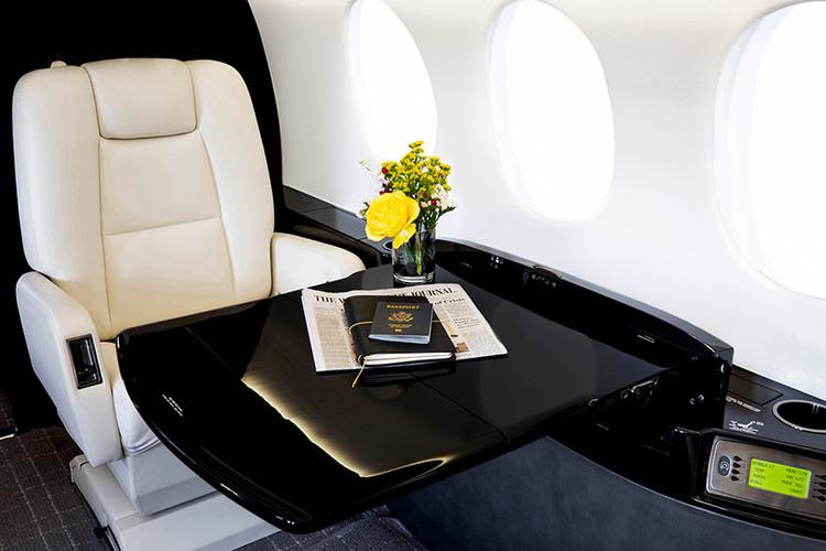 Falcon2000LX-Interior1-DavinciJet