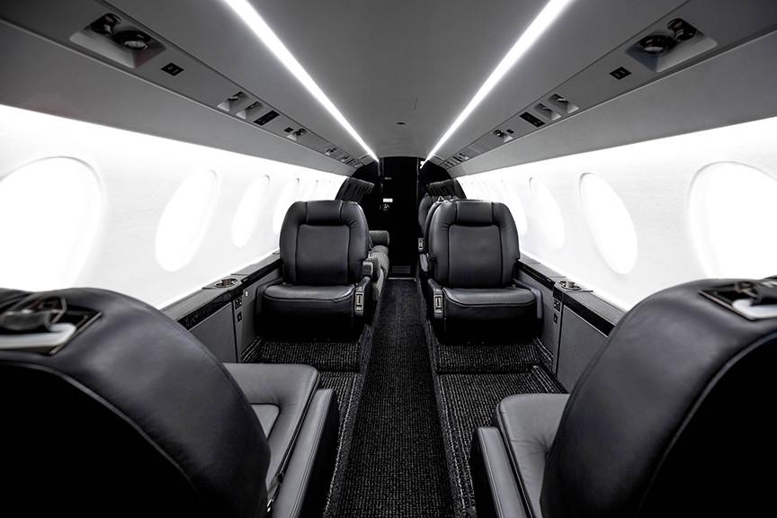 Falcon50X-interior2-DavinciJets