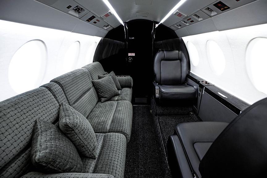 Falcon50X-interior1-DavinciJets