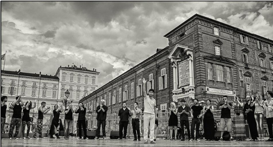 Michael - Piazza castello.jpg