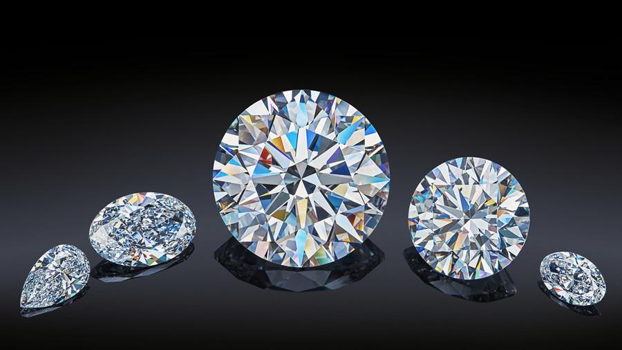 Độ phát lửa của kim cương