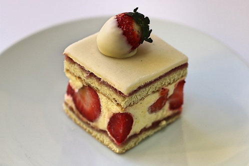 Fraisier Individual Pastry