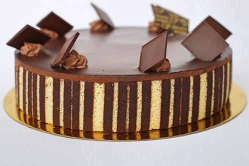 "Triomphe Cake - 6"" (serves 8)"