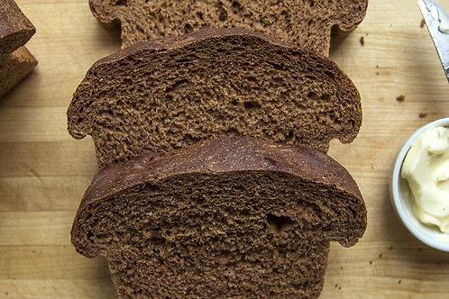 Artisan Traditional Pumpernickel Bread (1 lb)