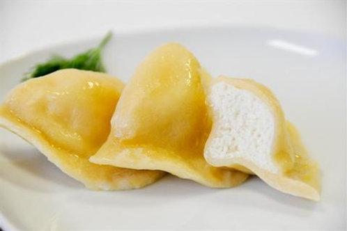 Polish Farmer Cheese Pierogi 12-piece 15 oz (425g) Package
