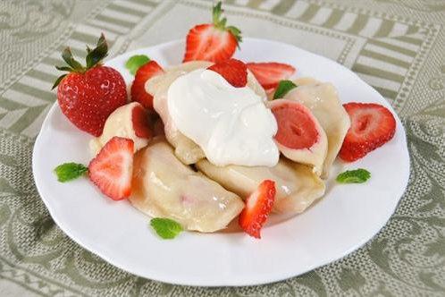 Polish Strawberry Pierogi 12-piece 7 oz (198g) Package