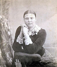 amyCinda Orvis sister Clara.jpg