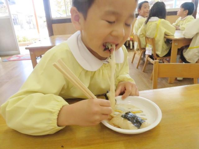 郡山市 片平町 片平学園 片平幼稚園 幼稚園 お餅 餅屋 食育 箸 きなこ 海苔