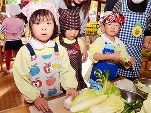 子供達初めての収穫祭