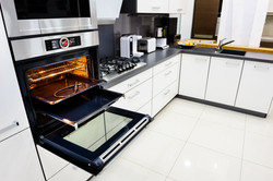 Kitchen & Oven Cleaning