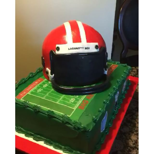 Denison football field and helmet cake. All Cake All Edible Works of Art. www.specialtysweetc