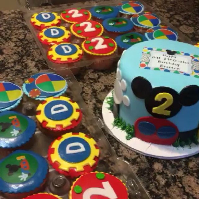 Instagram - Mickey Mouse Clubhouse smash cake and matching cupcakes.  Www.Specialtysweetc