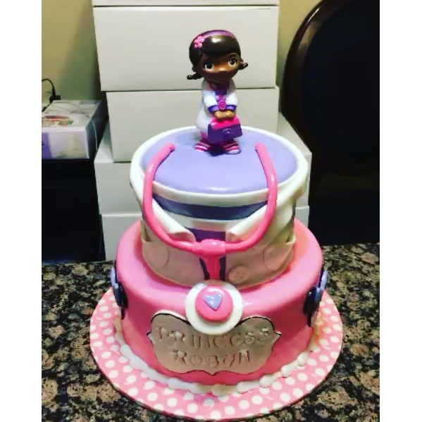 Doc McStuffin Cake. All Cake All Edible Works of Art. www.specialtysweetc