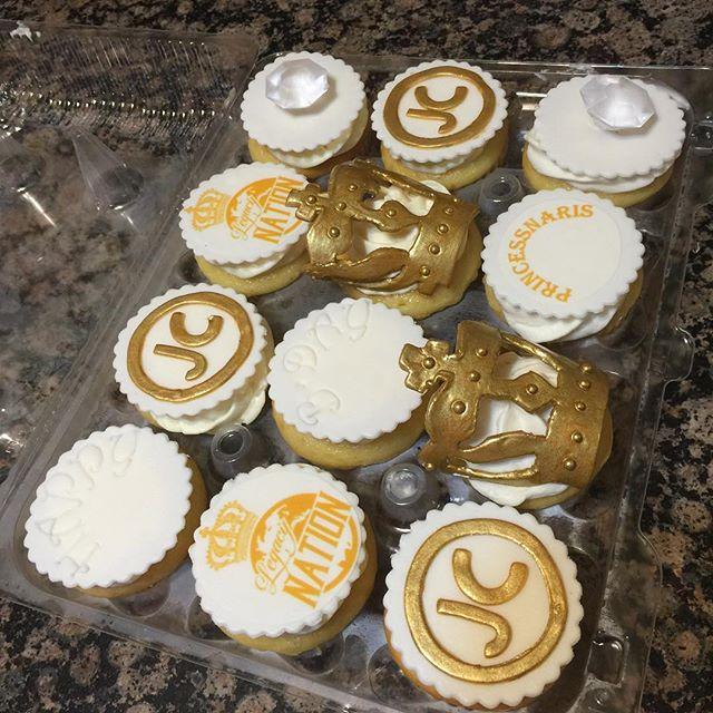 Instagram - Designer cupcakes. Www.Specialtysweetc
