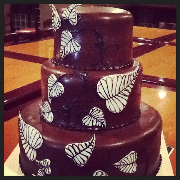 Chocolate leaves 3tiered wedding cake