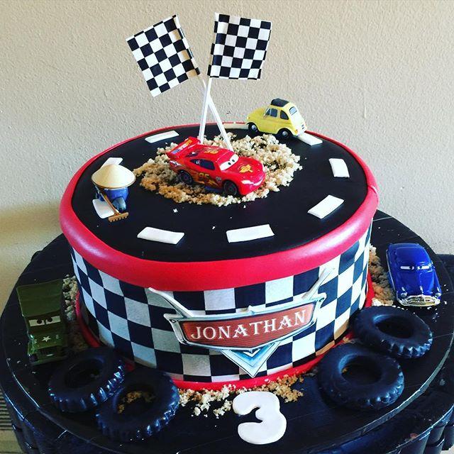 Disney Cars Cake. Www.Specialtysweetc