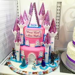 Instagram - Www.jpgSpecialtysweetc.jpgCom  Frozen pink princess castle.jpg Serves 30 people.jpg 2 ti