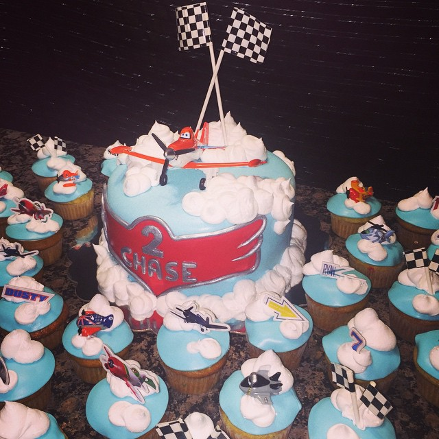 Instagram - Disney Planes Cake and Cupcakes. Www.specialtysweetc
