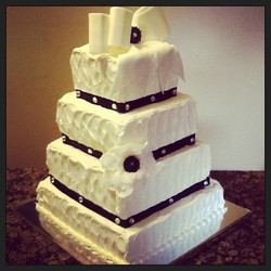 4 tier buttercreme iced wedding cake