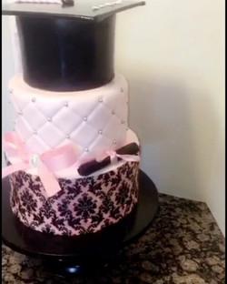 #specialtycakes #graduationparty #graduationcakes www.specialtysweetc