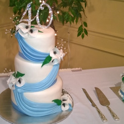40th Anniversary 3 tiered cake. Www.specialtysweetcreations.vpweb