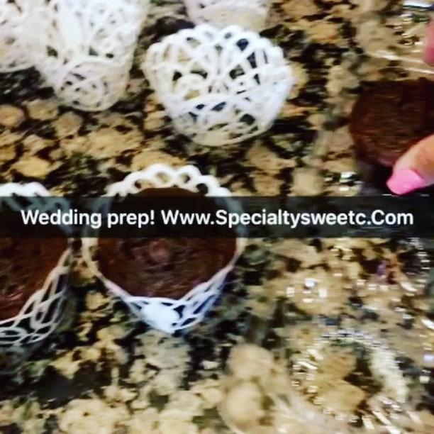 #weddingcupcakes www.specialtysweetc
